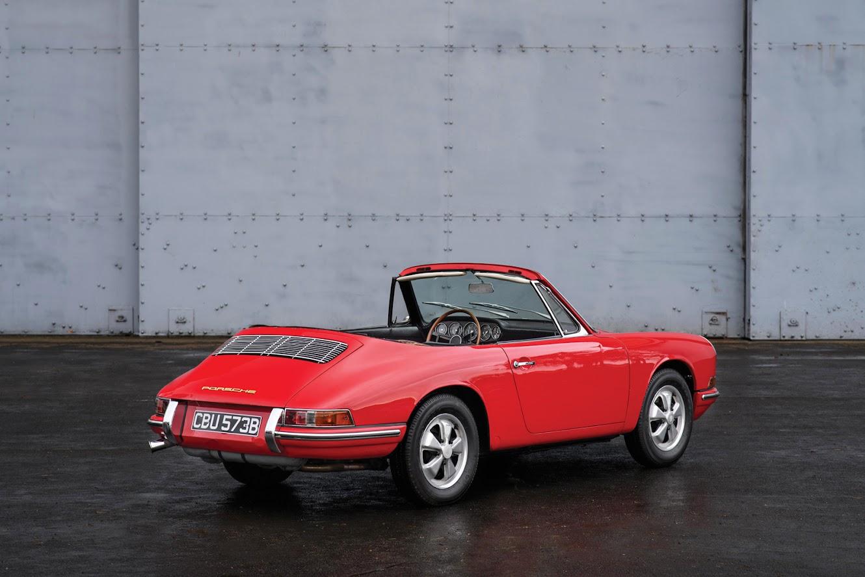 Red Porsche 901 Cabriolet prototype