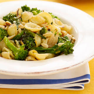 Vegan Lemon Pasta with Pine Nuts and Broccoli.