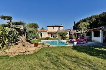propriété à Aix-en-Provence (13)
