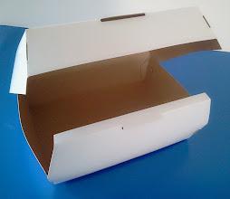 Photo: Caixa protótipo (22) para alimentos (detalhes na abertura).