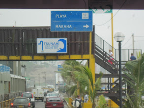 Photo: Tsunami evacuation route sign along the Pacific. I was woken up in the middle of the first night in Lima by what turned out to be an earthquake that was 4.5 on the Richter Scale. (The locals, apparently, didn't even notice because these tremors are so common.)
