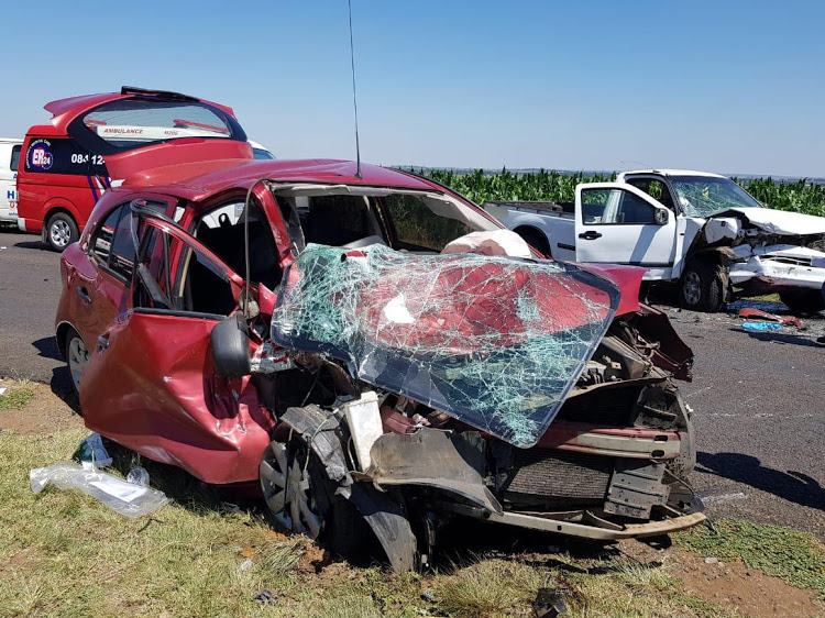 Two people, including a child, were killed and five others injured in a head-on crash between a car and a bakkie in Eloff, Mpumalanga, on December 23 adding to the festive season death toll.