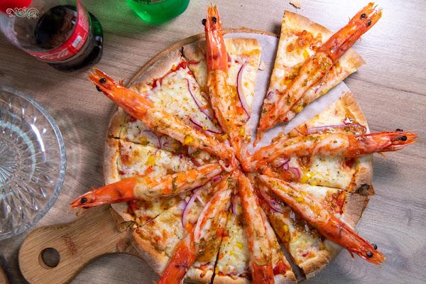 士林美食》愛披薩 iPIZZA – 豪華浮誇海大俠披薩 創意九宮格披薩自由配