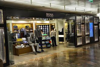 Photo: BOSS shopVIE