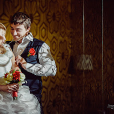Wedding photographer Edvard Tikhonov (Edvard). Photo of 19.11.2012