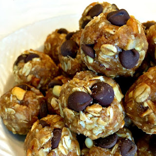 No Bake Chocolate Chip Energy Bites