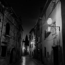 Dignano nelle notte  by Igor Modric - Black & White Buildings & Architecture
