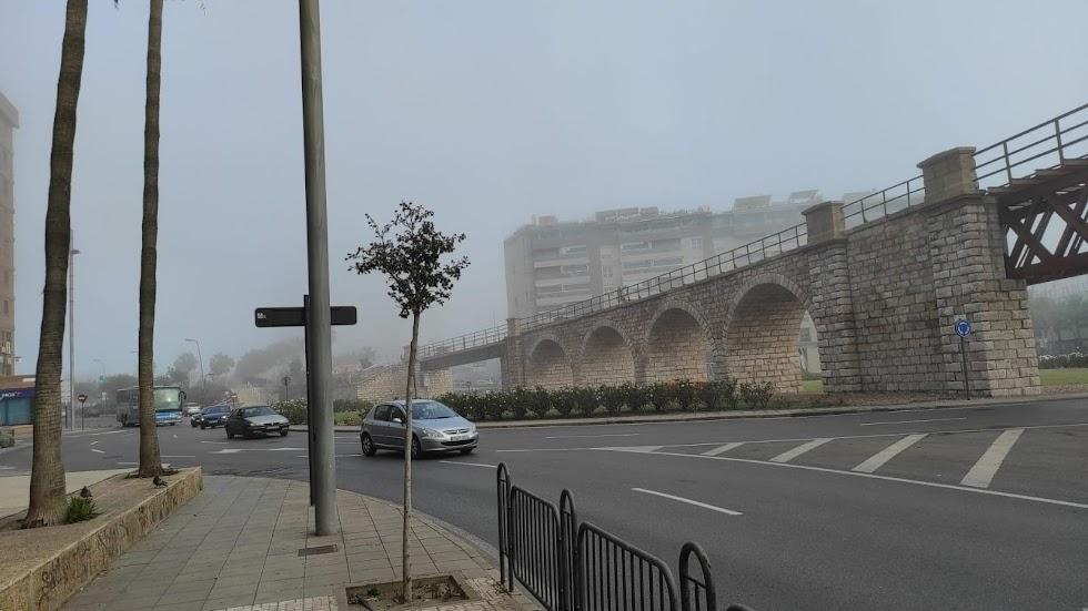 Niebla en Almería: así desaparecía esta tarde el Cable Inglés