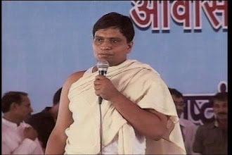Photo: ED sends notice to Ramdev aide Balkrishna under FEMA http://t.in.com/frgV