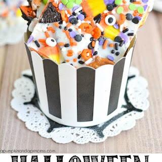 Halloween OREO Candy Bark