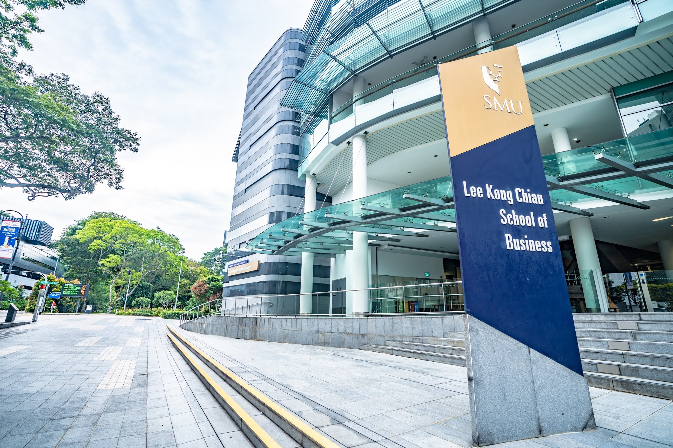 Singapore SMU Business School1
