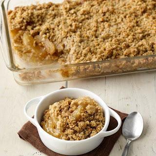 Easy Caramel Apple Oatmeal Crisp