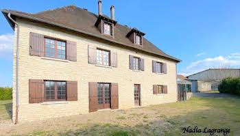 Maison 15 pièces 285 m2
