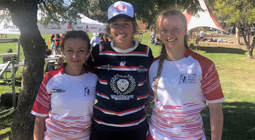 Mid North Coast representative Daisy Robinson flanked by Central North representatives Abby McClure and Lauren Nott at the NSW Country Championships in Warren.
