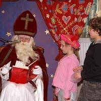 Sinter Klaas in de speeltuin 28-11-2009 - PICT6803