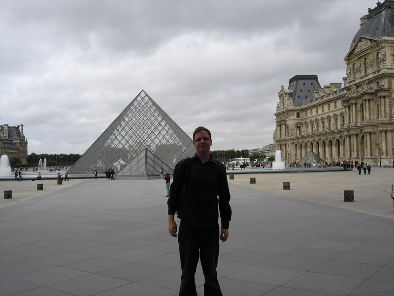 The Louvre Museum with no tourists.......I was expecting a long queue