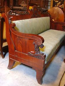 Русский диван из красного дерева  в стиле АМПИР. 19-й век.  210/80/124 см. 8500 евро.