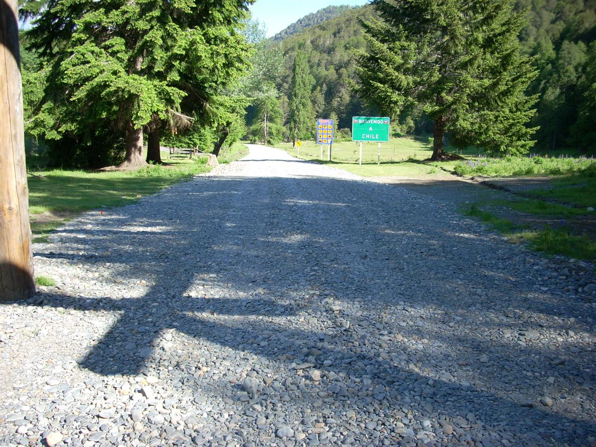 Roads up the border are usually bad - notice the large loose stones on the Chilean side