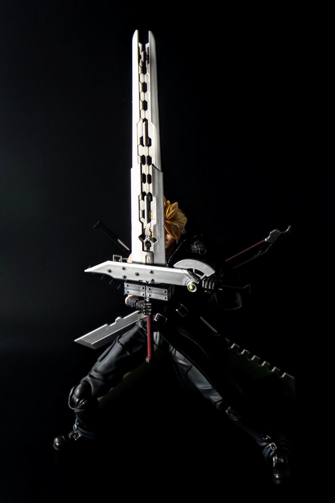 這一把是母刀,合體大劍的主體,只有一把沒錯