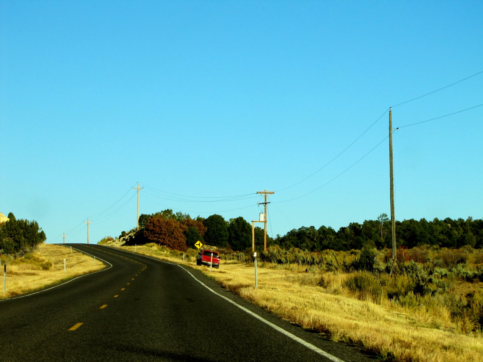Autumn Road to Bryce Canyon