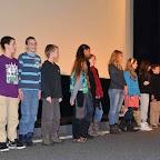 Tous les enfants ayant participé à la dictée au moment des récompenses.