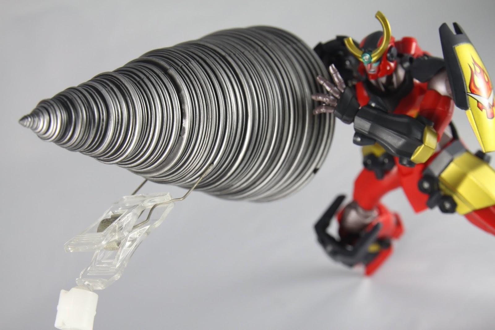 然後就會看到敵人灰飛煙滅了~ 鑽頭真的很重 即便關節結構跟以前比已經有進步了 但是真的還是太重了