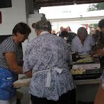 Krumplilángost is sütnek a helyi gazdasszonyok