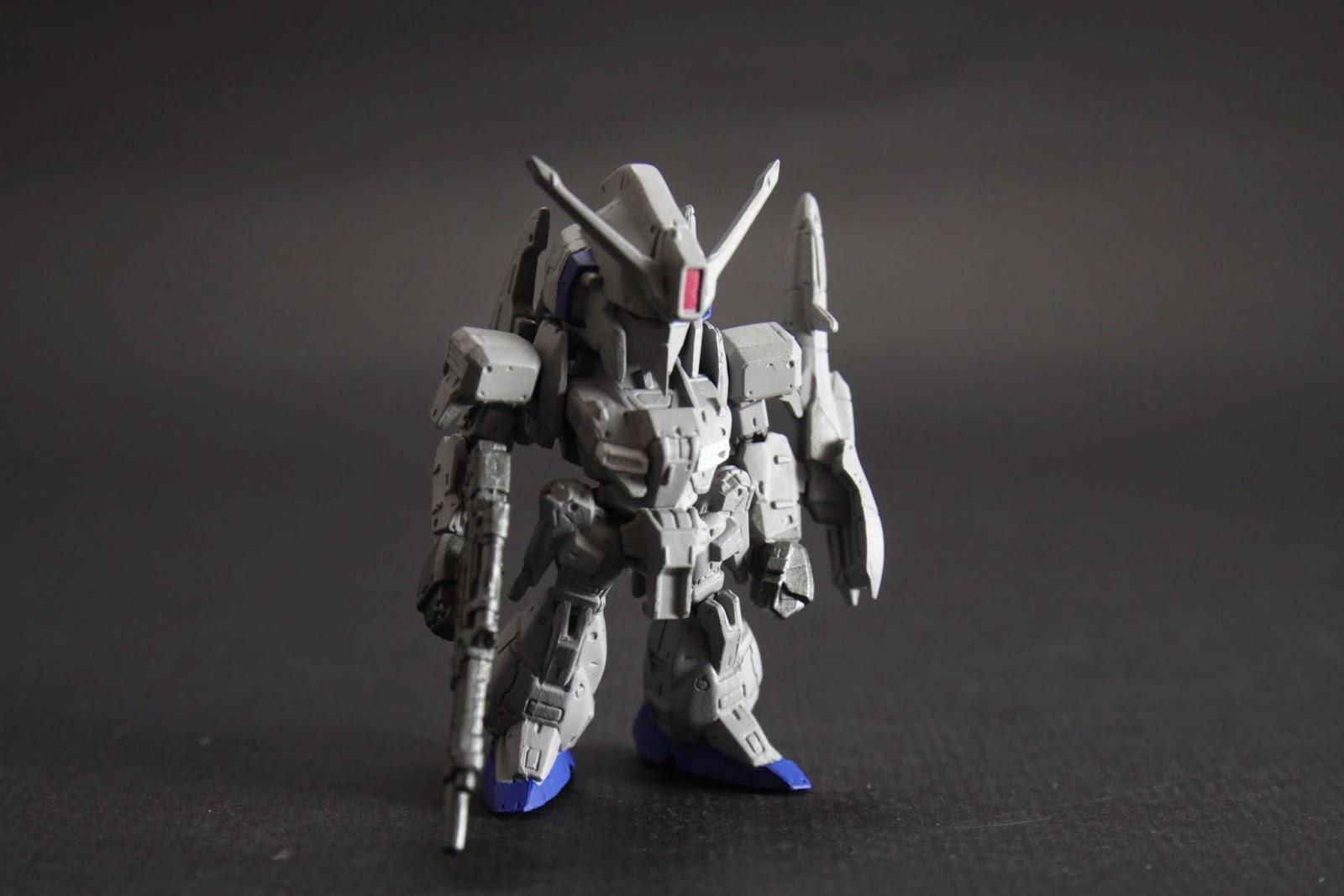 外型就有Z Gundam的精簡化 果然很量產機的感覺