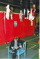 Catherine Loislard 01 Marionnettes à fils  Fête du livre   1998 Cossé