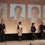 A Csemadok Közművelődési Díjának átadójának négy díjazottja, az ötödik, Baloghné Domonkos Malvin nem vett részt a rendezvényen, mivel a Magyar Kultúra Lovagja díj átadóján volt