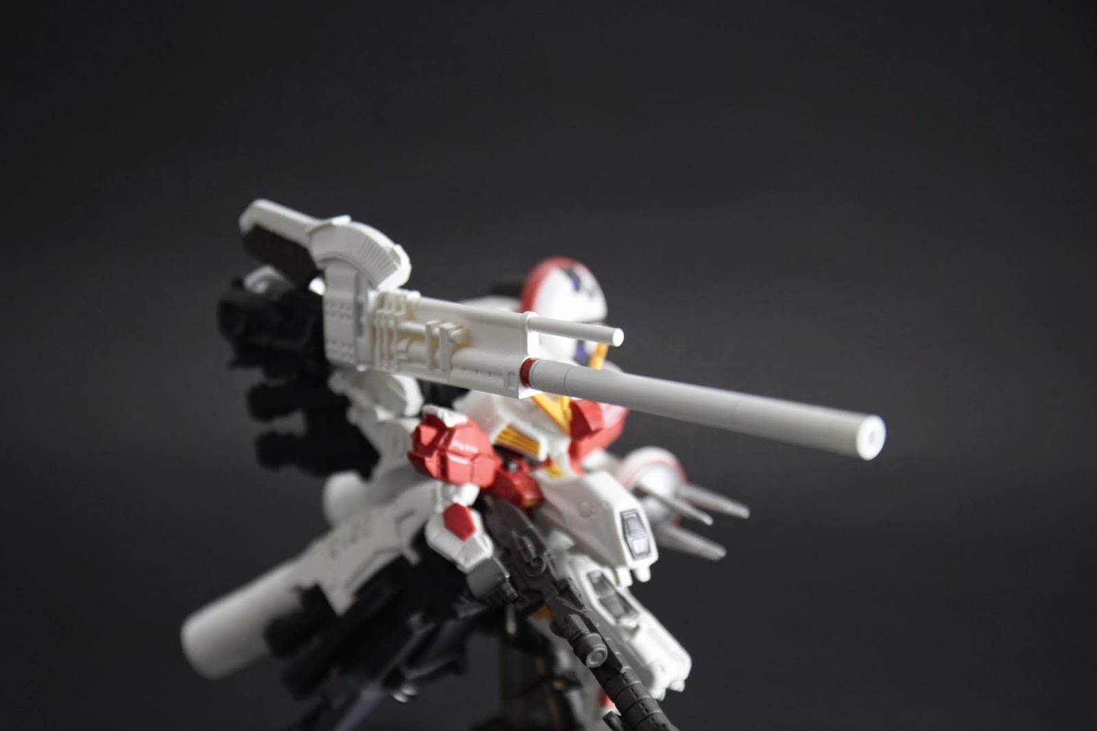 主炮 一擊擊沉一艘戰艦的威力
