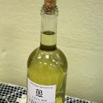 A kocsonya mellé a gyülekezet borát kínálták