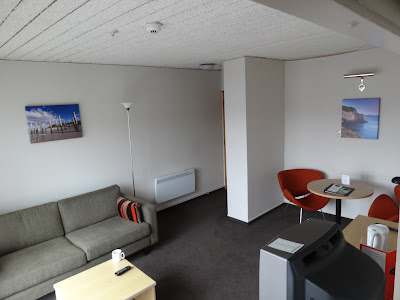 The lounge of my Junior Suite @ The Kingsgate. Thanks for the free upgrade by the way!