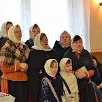 A jánoki Napsugár női éneklőcsoport kezdte a találkozót kántálással