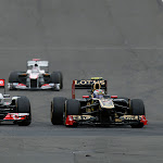 Button VS Petrov, McLaren VS Renault
