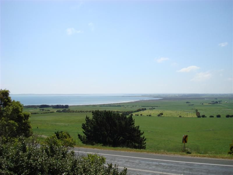 A lookout just before I go on the bridge to Phillip Island