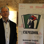 Stubendek László, Komárom polgármestere,  a Csemadok helyi alapszervezetének elnöke is jelen volt...