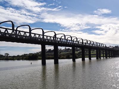 """""""Murray Bridge"""" at Murray Bridge"""