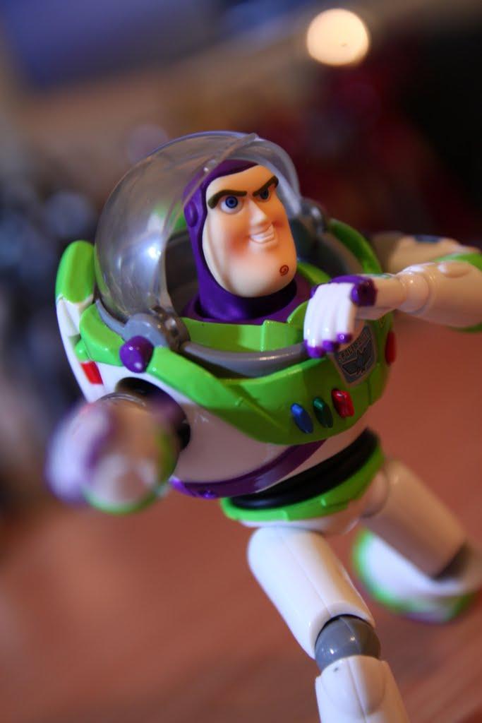 我的職責就是除暴安良! 保護宇宙的安全~~~