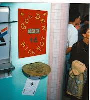 Inauguration 44 Golden Milkpot machine à sous 1995 Cossé