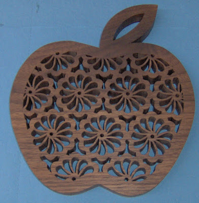 Apple Trivet pattern by Silvia