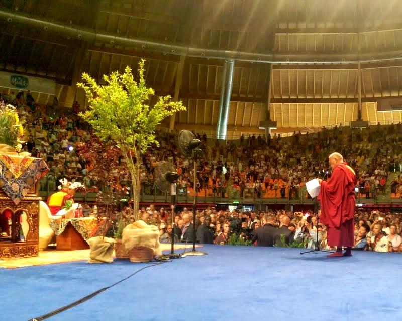 Lama Zopa Rinpoche offering thanks to His Holiness the Dalai Lama, Livorno, Italy, June 15, 2014. Photo by Ven. Roger Kunsang.