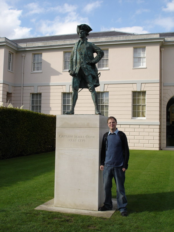 Me and Captain Cook :)