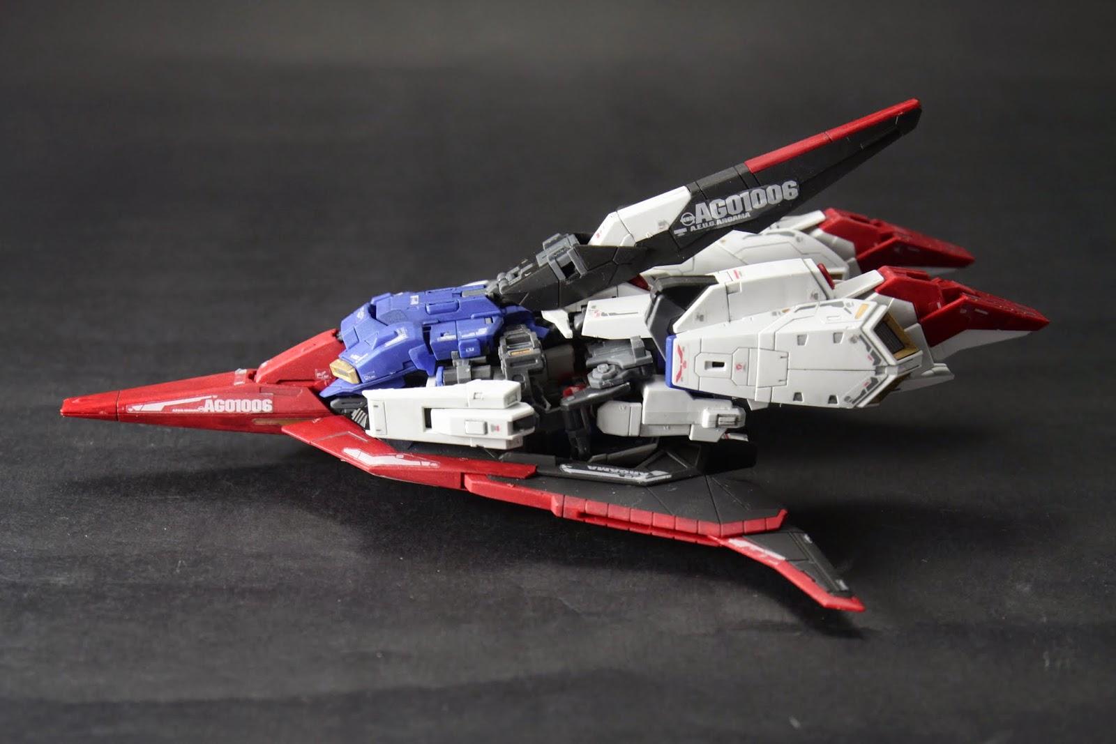 跟我以前做的MG Zeta 初版差不多, 但細部有些不同