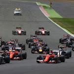 Start of 2015 British F1 GP going in to first corner