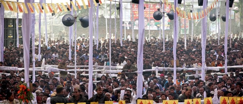 100,000 people came to the Maitreya Project ceremony, Kushinagar, Uttar Pradesh, India, December 13, 2013. Photo by Andy Melnic.