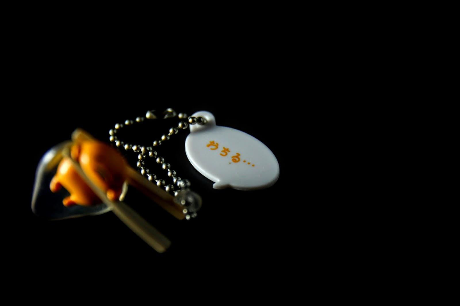 是說能這樣用筷子夾起生蛋這有點強