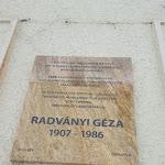 Radványi Géza emléktábla