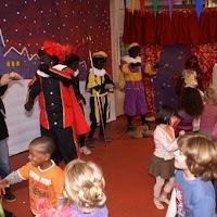 Sinter Klaas in de speeltuin 28-11-2009 - PICT6812