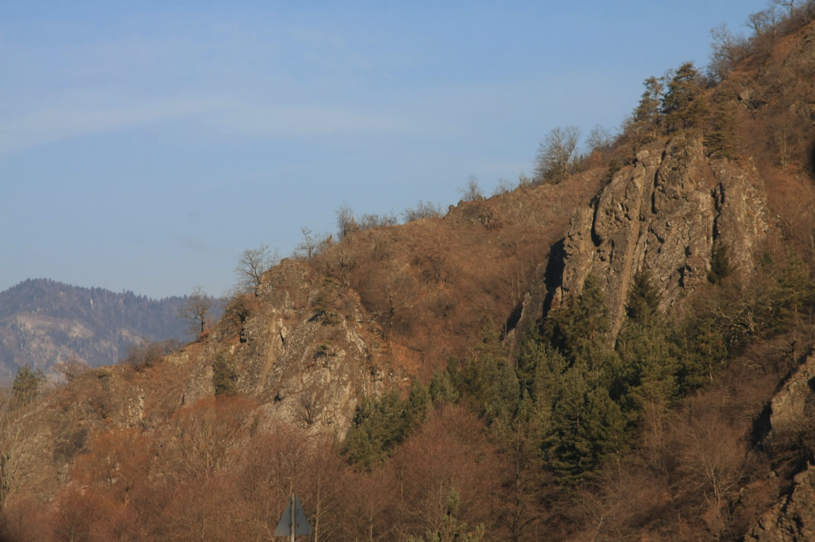 Still no new snow, so we decided to make a day-trip to Vardzia